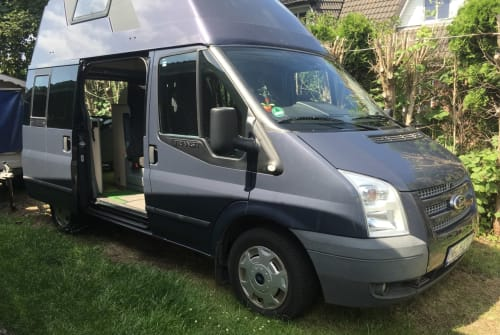 Kampeerbus Ford Nugget nochmal! in Niebüll huren van particulier