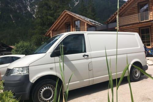 Kampeerbus VW Herr Gambetti in München huren van particulier