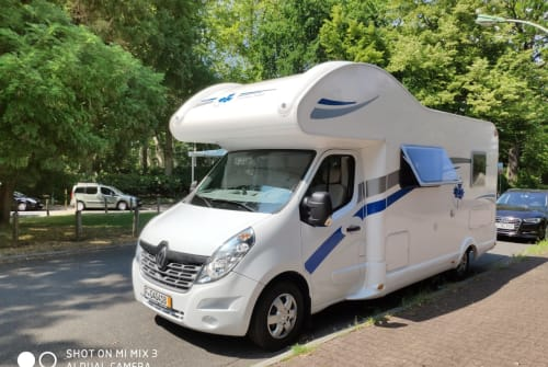 Alkoof Ahorn Supermobil in Frankfurt am Main huren van particulier
