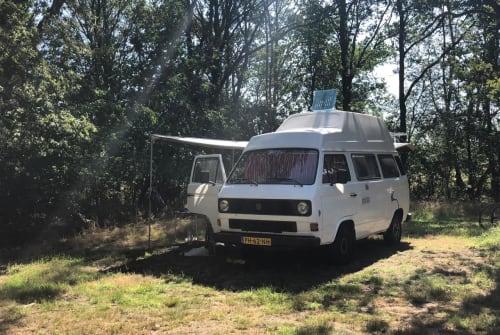 Kampeerbus Volkswagen Volkswagen T3 in Aalsmeer huren van particulier