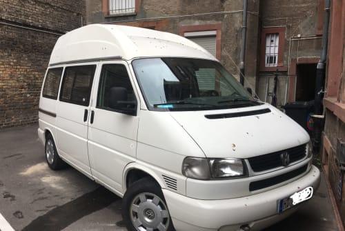 Kampeerbus Volkswagen Jutta in Mannheim huren van particulier