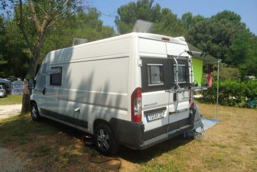 Buscamper Peugeot Tobi`s Camper in Marquartstein huren van particulier