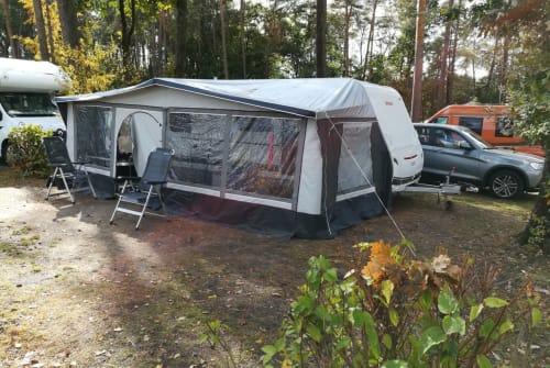 Caravan Dethleffs c'go Big Family in Berndorf huren van particulier