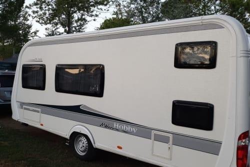 Caravan Hobby  Mobby in Ettenheim huren van particulier