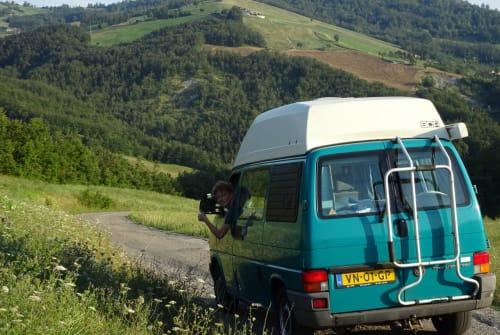 Kampeerbus Volkswagen Neno in Oude Pekela huren van particulier