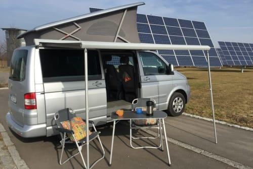 Kampeerbus Volkswagen CaliT5 in Mössingen huren van particulier