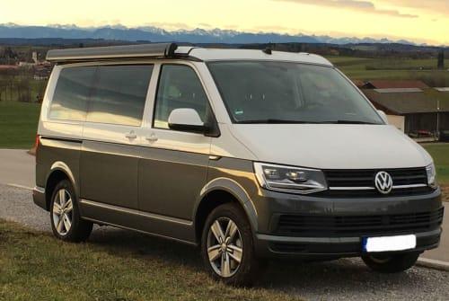 Kampeerbus Volkswagen T6 Hannes in München huren van particulier