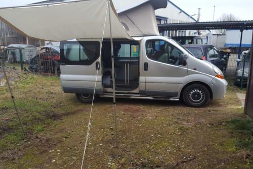 Kampeerbus Renault Albert in Barmstedt huren van particulier