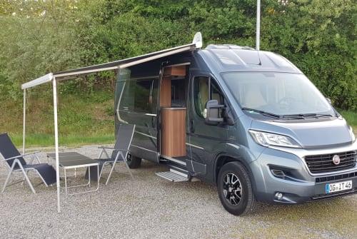 Buscamper Fiat Ducato SOLAR/TV/ AHK/ in Offenburg huren van particulier