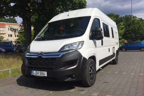 Buscamper Citroen Jumper 2,2l Move It in Berlin huren van particulier