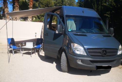 Buscamper Mercedes Benz BlueBird in Faro huren van particulier