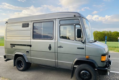 Buscamper Daimler-Benz Bettina in Glauchau huren van particulier