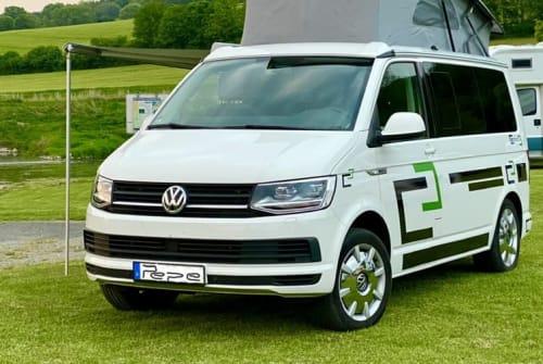Kampeerbus Volkswagen T6 Bulli Pepe in Wolfenbüttel huren van particulier