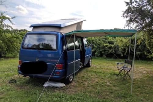 Kampeerbus VW Ulf in Frankfurt am Main huren van particulier