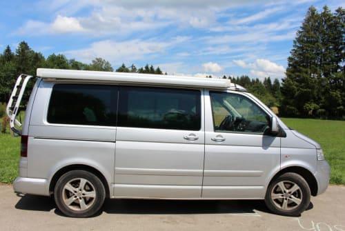 Kampeerbus VW Unser Bus in Tutzing huren van particulier