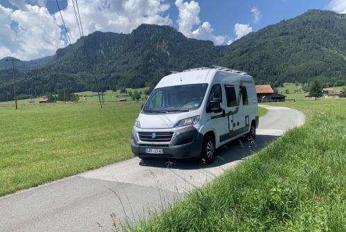Buscamper Knaus  Boxi in Eschenlohe huren van particulier