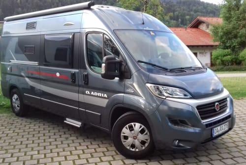 Buscamper Adria Marienkäfer in Oberstaufen huren van particulier