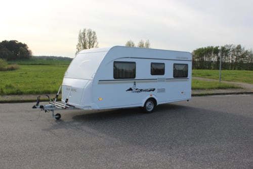 Caravan Weinsberg Weinsberg FU450 in Tessin huren van particulier