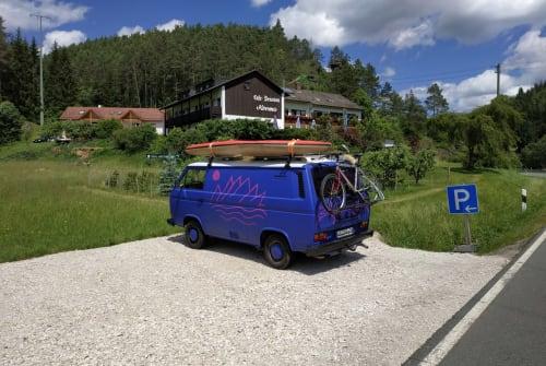 Kampeerbus Volkswagen Möhre in Krombach huren van particulier