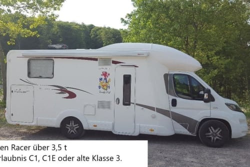 Halfintegraal Euramobil Wappen Racer   in Lindlar huren van particulier
