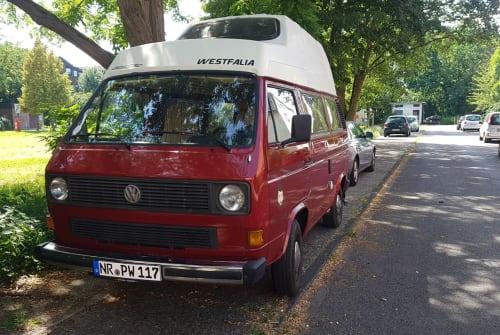 Kampeerbus Volkswagen Günter in Bad Hönningen huren van particulier