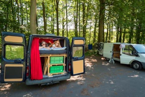 Buscamper Ford Knatter Karl in Kassel huren van particulier