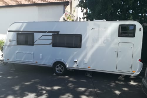 Caravan Eriba Kiki in Wöllstadt huren van particulier