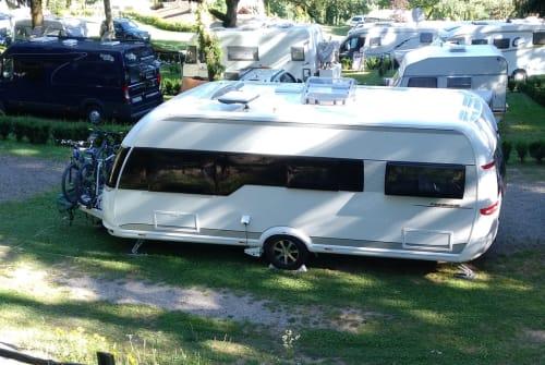 Caravan HOBBY Hobbit in München huren van particulier