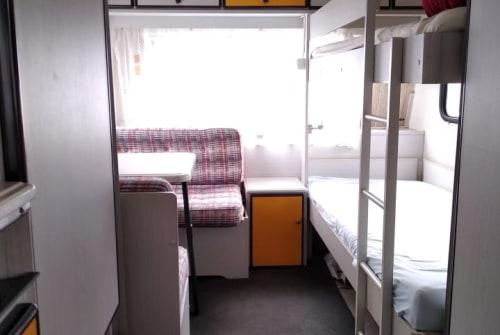 Caravan Knaus Family Camper in Biberach huren van particulier