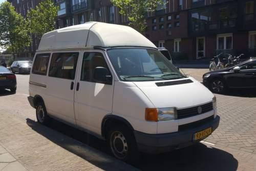 Kampeerbus Volkswagen VW T4 Caravelle in Utrecht huren van particulier
