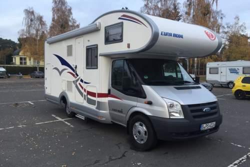 Alkoof Ford Transit Berlin Camper in Berlin huren van particulier