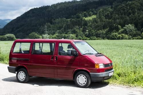 Kampeerbus Volkswagen Gottfried in Graz huren van particulier