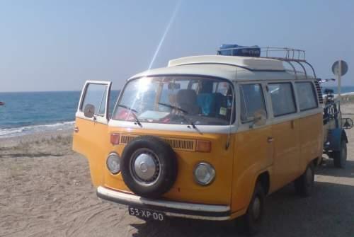 Kampeerbus Volkswagen Tuv in Groningen huren van particulier
