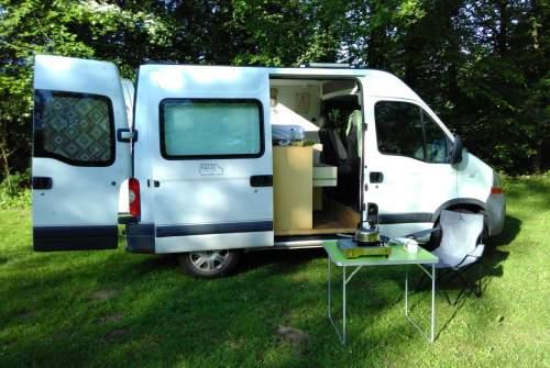 Buscamper Renault CompactComfortG in gemeente Groningen huren van particulier