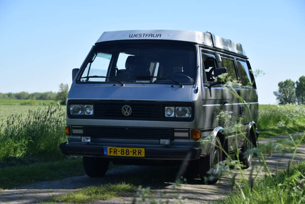 Kampeerbus Volkswagen met de RoadRunner door de Achterhoek in Zelhem huren van particulier