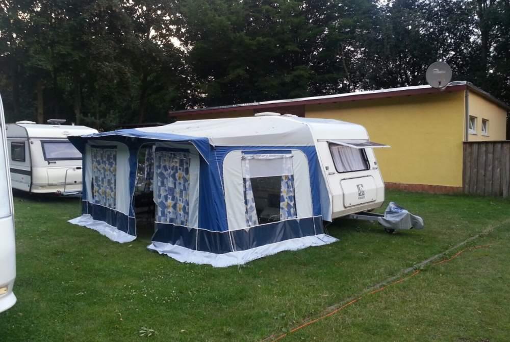 caravan fendt in zeitz. Black Bedroom Furniture Sets. Home Design Ideas