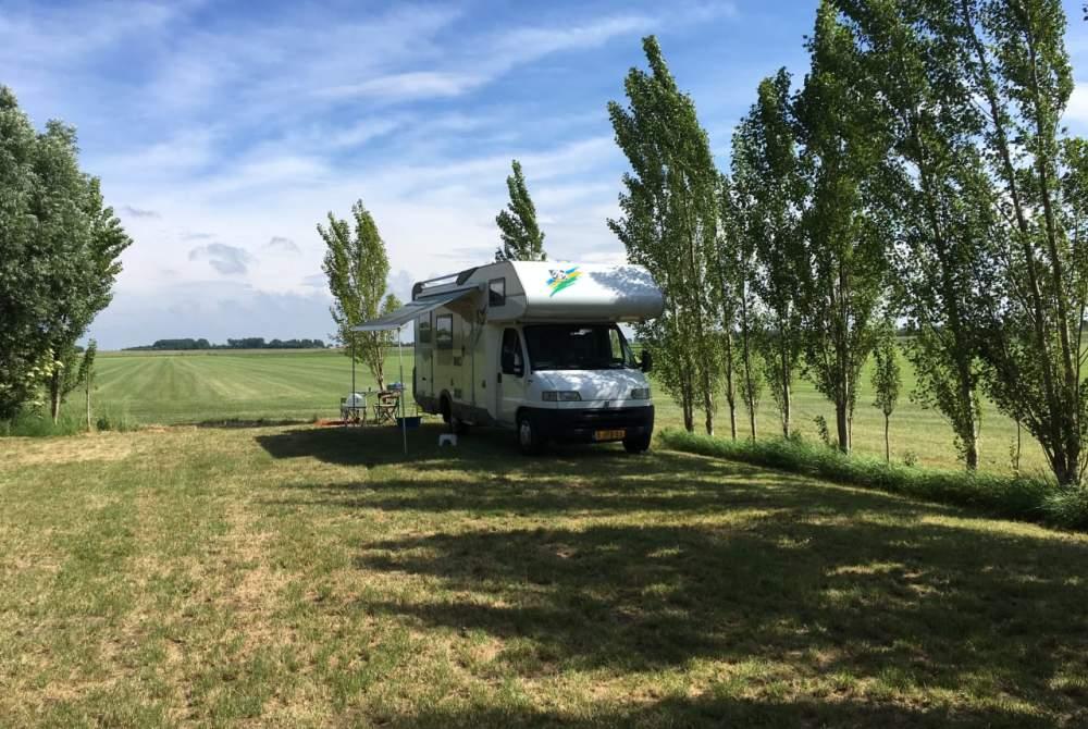 Alkoof Knaus traveller 99 Knaus traveller 99 HFG685 in Schiedam huren van particulier