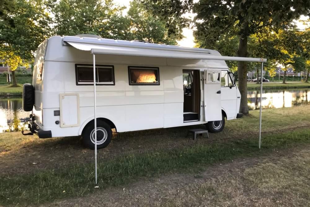 Buscamper Volkswagen Otto in Helmond huren van particulier